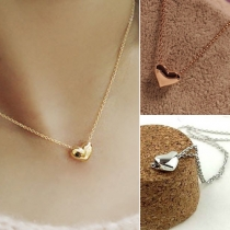 Fashion Love Shaped Pendant Short Necklace