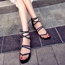 Roman Style Crossover Lace-up  Flat Heel Thong Sandals