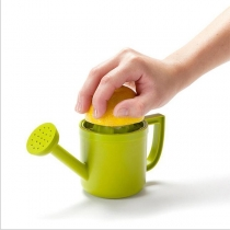 Creative Style Watering Pot Shaped Lemon Juicer