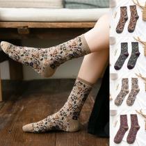 Retro Styl Mixed Color Loose Socks