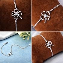 Fashion Rhinestone Inlaid Four Clover Bracelet