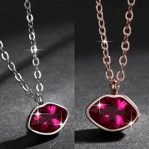 Fashion Rhinestone Inlaid Lip Pendant Necklace